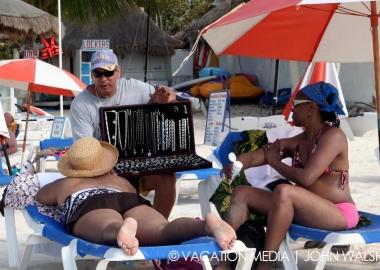 Isla Mujeres Money Tips